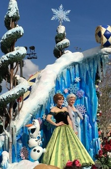 Frozen in Disney World Parade